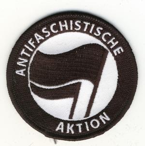 Aufnäher: Antifaschistische Aktion (schwarz/schwarz)