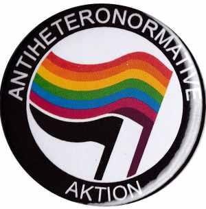 37mm Button: Antiheteronormative Aktion