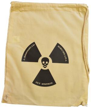 Sportbeutel: Atomkraft ist immer todsicher