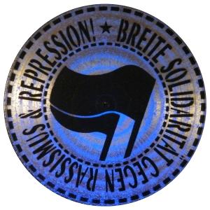 Vinyl Stencil: Breite Solidarität gegen Rassismus und Repression!