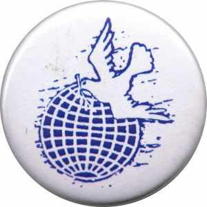 37mm Magnet-Button: Erde mit Friedenstaube