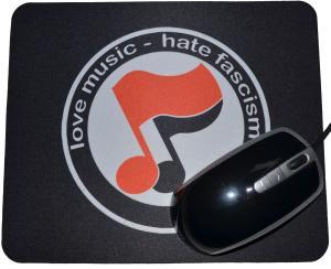 Mousepad: love music - hate fascism (Noten)