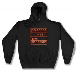 Kapuzen-Pullover: personne n´est pas clandestin (orange)