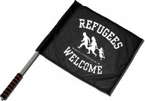 Fahne / Flagge (ca. 40x35cm): Refugees welcome (weiß)