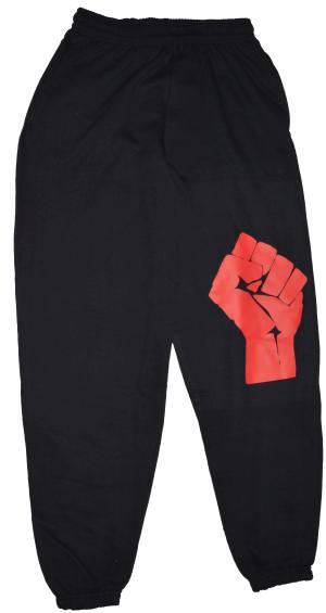 Jogginghose: Rote Faust