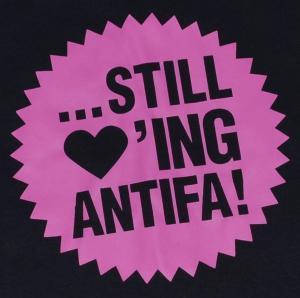 Detailansicht T-Shirt: ... still loving antifa! (pink)