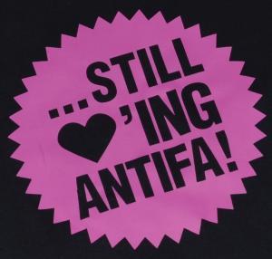 Detailansicht Girlie-Shirt: ... still loving antifa! (pink)