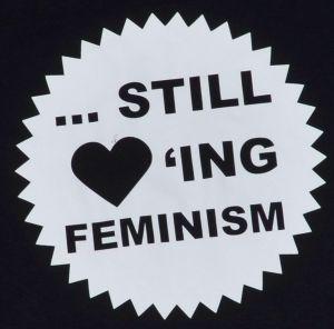 Detailansicht Man Tanktop: ... still loving feminism
