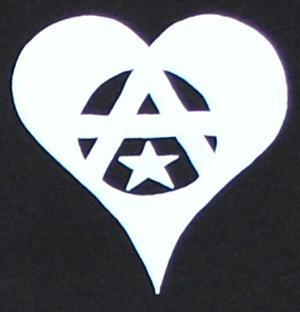 Detailansicht Longsleeve: Anarchie Herz