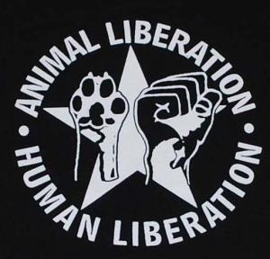 Detailansicht Kapuzen-Pullover: Animal Liberation - Human Liberation (mit Stern)