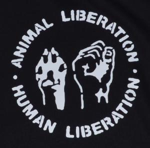 Detailansicht taillierter Kapuzen-Pullover: Animal Liberation - Human Liberation
