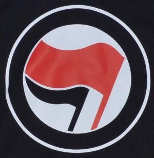 Detailansicht Kapuzen-Pullover: Antifa Logo (rot/schwarz, ohne Schrift)