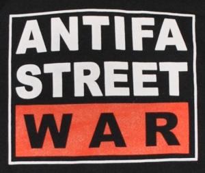 Detailansicht Kapuzen-Pullover: Antifa Street War
