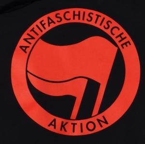 Detailansicht Kapuzen-Pullover: Antifaschistische Aktion (rot/rot)