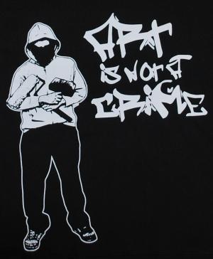 Detailansicht Kapuzen-Pullover: Art is not a crime