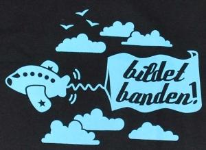Detailansicht Girlie-Shirt: Bildet Banden