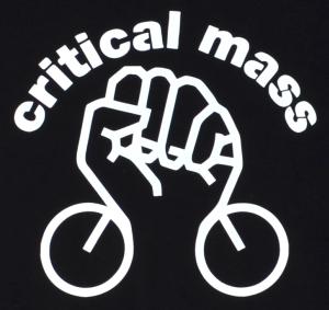 Detailansicht Kapuzen-Pullover: Critical Mass