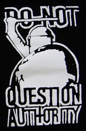 Detailansicht Trägershirt: Do not question Authority