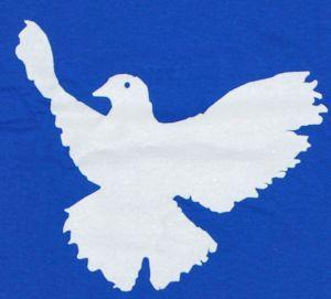 Detailansicht T-Shirt: Friedenstaube
