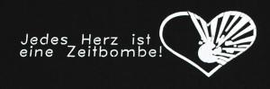 Detailansicht T-Shirt: Jedes Herz ist eine Zeitbombe!