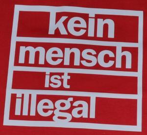 Detailansicht T-Shirt: Kein Mensch ist Illegal (weiß/rot)