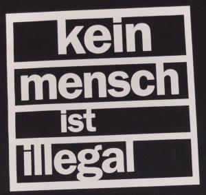 Detailansicht Fairtrade T-Shirt: kein mensch ist illegal
