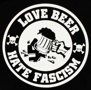 Detailansicht Kapuzen-Pullover: Love Beer Hate Fascism