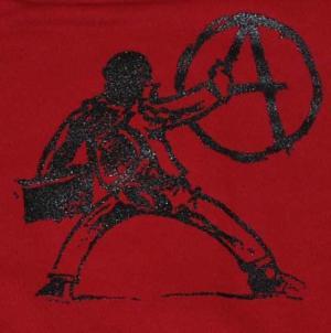 Detailansicht Sweat-Jacket: male A an die Wand