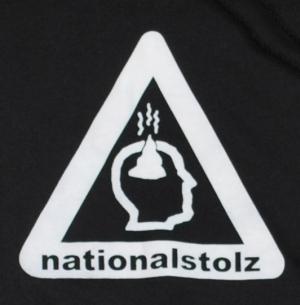 Detailansicht Kapuzen-Pullover: Nationalstolz