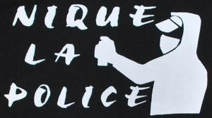 Detailansicht Kapuzen-Pullover: Nique la police