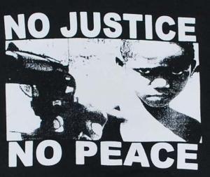 Detailansicht Kapuzen-Jacke: No Justice - No Peace