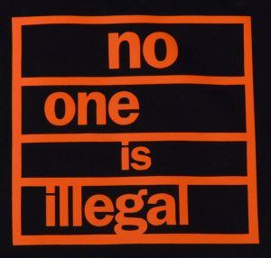 Detailansicht Top / Trägershirt: no one is illegal