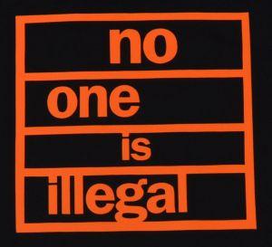 Detailansicht Fairtrade T-Shirt: no one is illegal