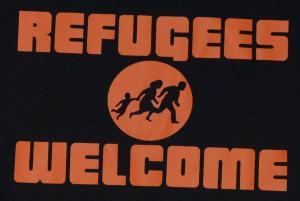 Detailansicht Top / Trägershirt: Refugees welcome (Quer)