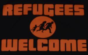 Detailansicht Kapuzen-Pullover: Refugees welcome (Quer)