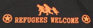 Detailansicht Kapuzen-Pullover: Refugees welcome (Stern)