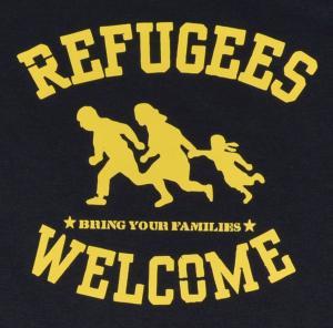 Detailansicht Longsleeve: Refugees welcome