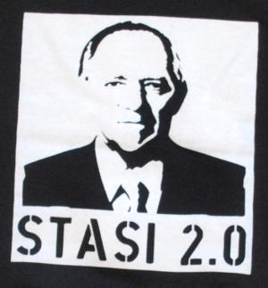 Detailansicht Kapuzen-Pullover: Stasi 2.0
