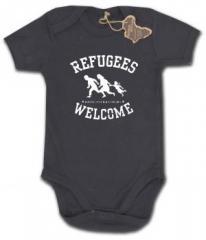 """Zum Babybody """"Refugees welcome (pink, weißer Druck)"""" für 9,65 € gehen."""