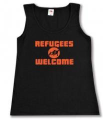 """Zum tailliertes Tanktop """"Refugees welcome (Quer)"""" für 11,70 € gehen."""