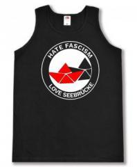 """Zum Tanktop """"Hate Fascism - Love Seebrücke"""" für 12,00 € gehen."""