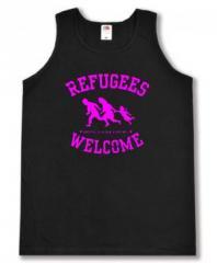 """Zum Man Tanktop """"Refugees welcome (pink)"""" für 12,00 € gehen."""