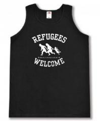"""Zum Tanktop """"Refugees welcome (weiß)"""" für 11,70 € gehen."""
