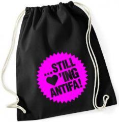 """Zum Sportbeutel """"... still loving antifa! (pink)"""" für 8,00 € gehen."""