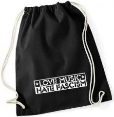 """Zum Sportbeutel """"Love Music Hate Fascism"""" für 8,00 € gehen."""