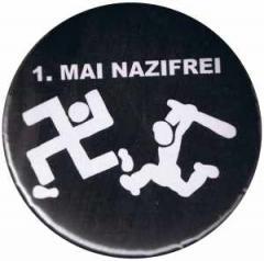 """Zum 37mm Magnet-Button """"1. Mai Nazifrei"""" für 2,50 € gehen."""