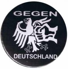 """Zum 37mm Magnet-Button """"Gegen Deutschland"""" für 2,50 € gehen."""