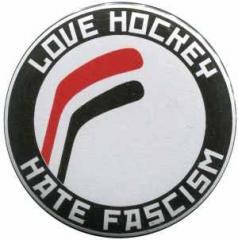 """Zum 37mm Magnet-Button """"Love Hockey Hate Fascism"""" für 2,44 € gehen."""