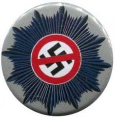"""Zum 37mm Magnet-Button """"Nazis raus aus dem Staatsapparat"""" für 2,50 € gehen."""