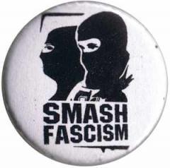 """Zum 37mm Magnet-Button """"Smash Fascism"""" für 2,44 € gehen."""